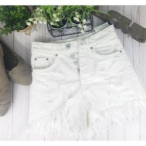 💥ZARA TFC High-Waisted Distressed Denim Shorts